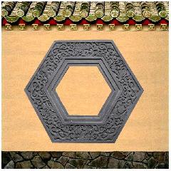 砖雕挂件六角什锦窗