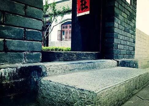 寺庙门槛为什么不能踩?有什么讲究?