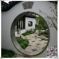 中国园林中的建筑月洞门