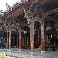 古代东阳木雕的精华,就藏在卢宅